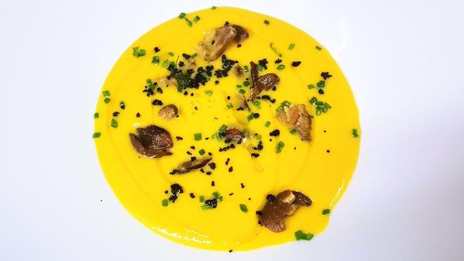 Soupe de Butternut aux châtaignes